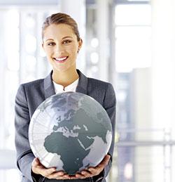 Bild Frau mit Globus