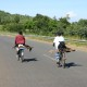 Ziegen auf dem Fahrrad – Oder warum reisen wir in Entwicklungsländer?