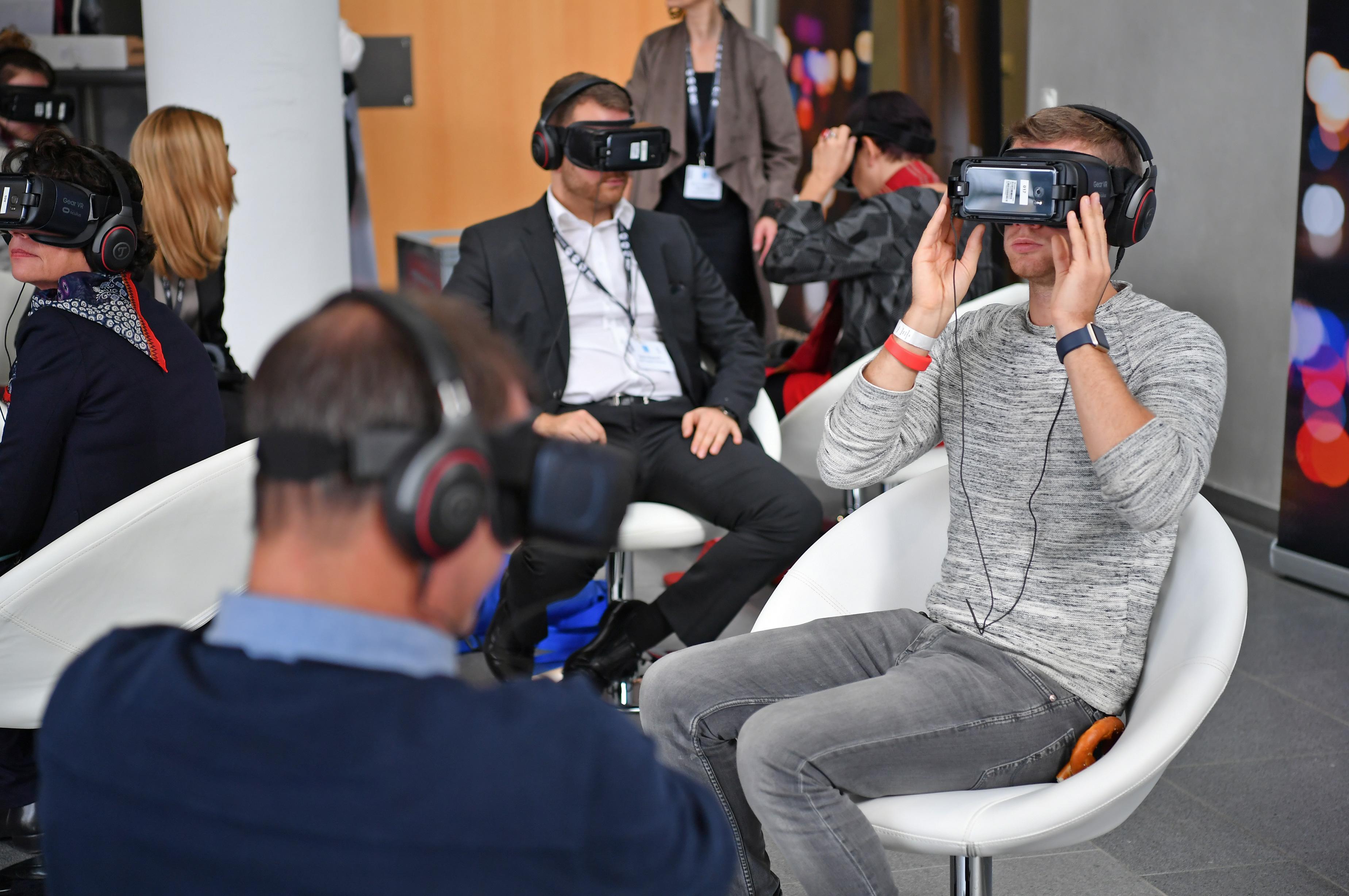 Jeder konnte sie testen – Virtual-Reality-Brillen. © Foto: Medientage München