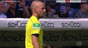 Als Schiedsrichter im Einsatz in der 3. Bundesliga.