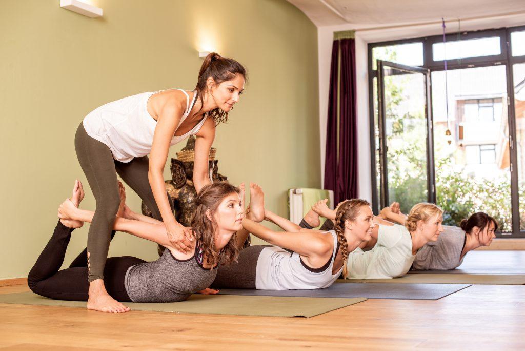 Yoga unterrichten im Studio