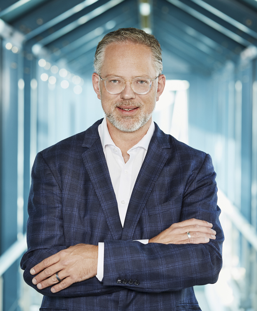 Roland Schweins führt durch das IST-Webinar.